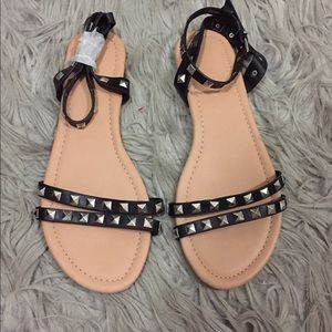 Shoes - Studded sandals
